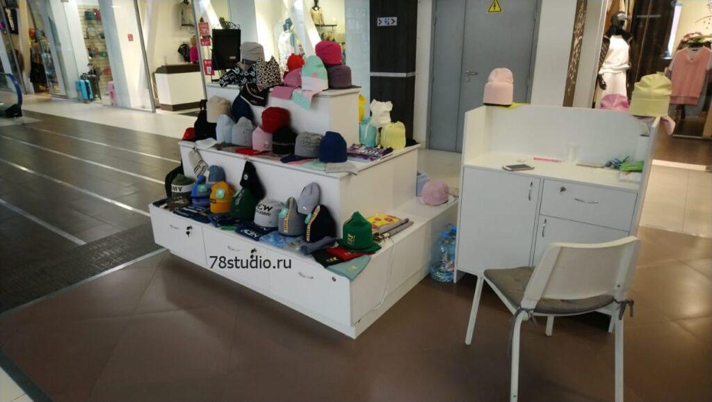 Торговый островок товаров для детей